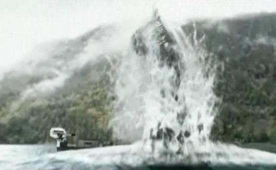 Das Wunder von Loch Ness screenshot -- Nessie Rises